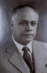 LAERTES DE MACEDO MUNHOZ